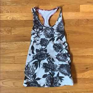 Lululemon Aria Tank II in Floral Brisk Bloom